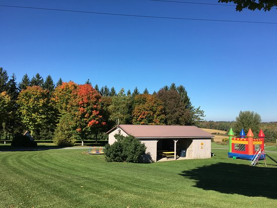 Richfield Springs, NY: Event and activity pavilion & bounce house for the little guys