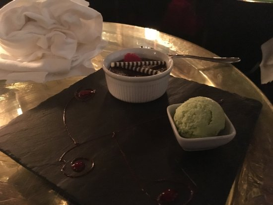 Stadhampton, UK: Chocolate Creme Brulee