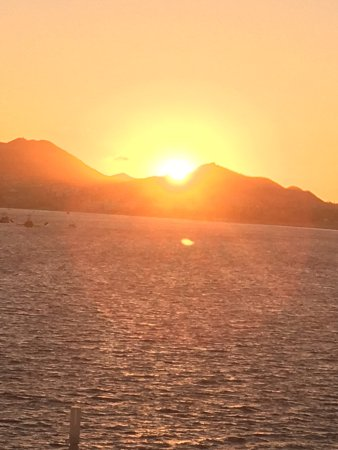 Sunset Da Mona Lisa: photo0.jpg