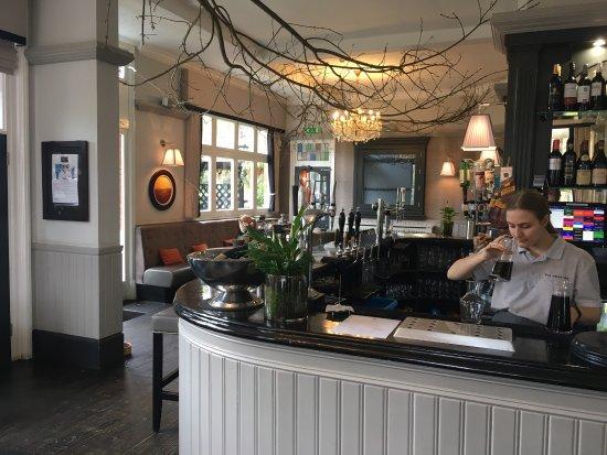Claygate, UK: The Swan Inn