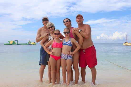 Playa Mia Grand Beach & Water Park: Cozumel Playa Mia Grand Beach Day