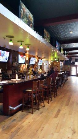 Towson, MD: Saloon