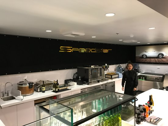 Carson, CA: Speedster Cafe at Porsche Experience Center