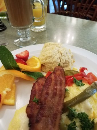 Wildflower Cafe: cheesy eggs