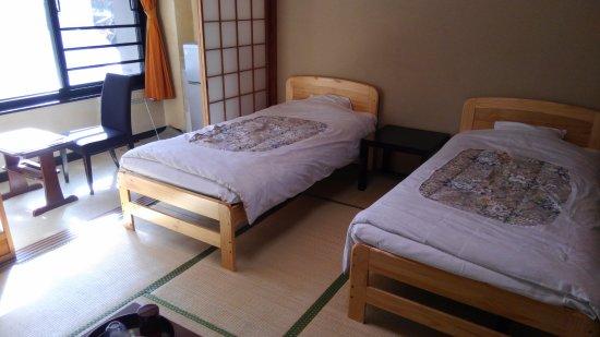 Hotel New Shichisei: 「ニュー七星」畳のベッド部屋1