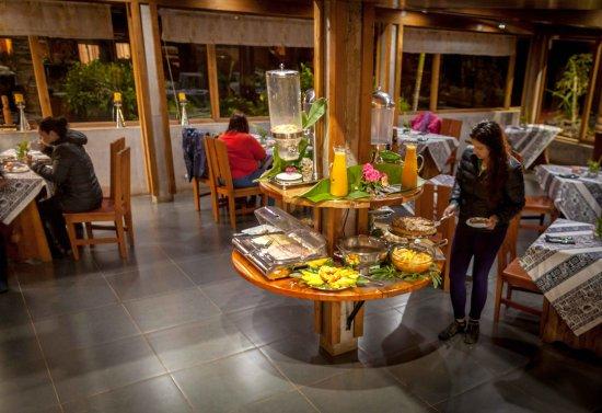 Hotel Vai Moana: Desayuno Buffet