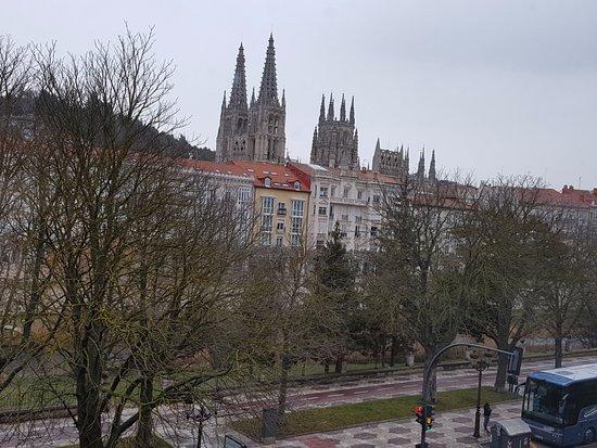 NH Collection Palacio de Burgos: La catedral desde las Habitaciones Superiores
