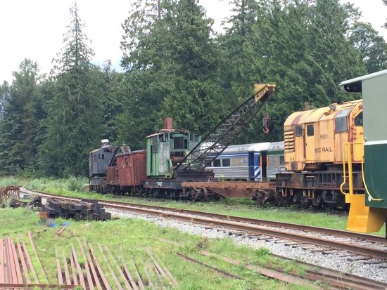 Squamish, كندا: There is a crane needed on every railway