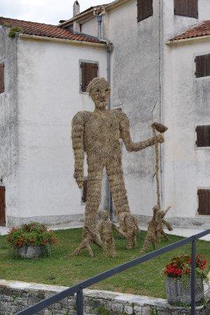 Motovun, Chorwacja: straw man