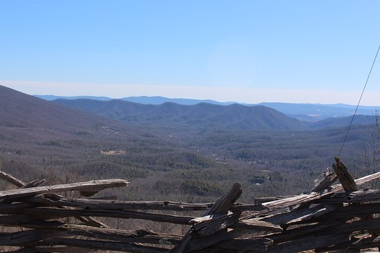 Wytheville, VA: Looking south from the Big Walker Lookout overlook