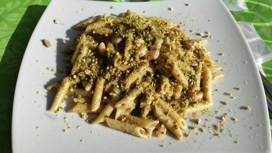 Penne Pesto Di Pistacchio E Gamberetti Picture Of 80 Fame Food