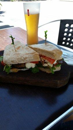 Trinity Beach, Australien: Toasted Ciabatta Sandwich- Vegie Tramezzino with roast capsicum, tomato, eggplant and bocconcini