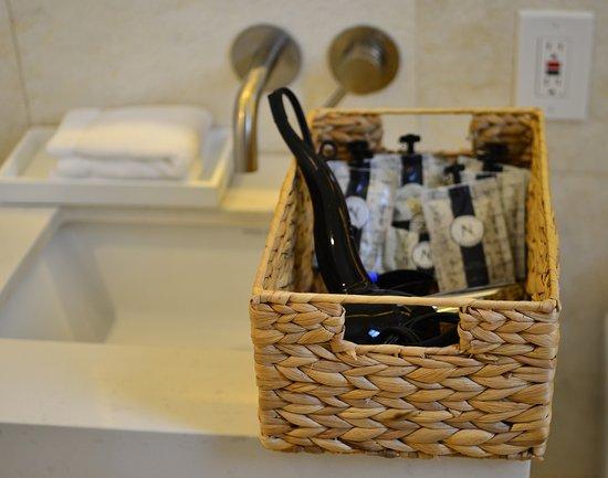 Hotel St. Michel: Bathroom Amenities