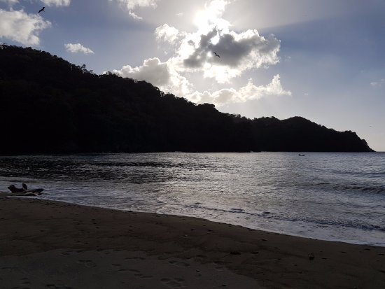 Parlatuvier, Tobago: sunset at Bloody Bay
