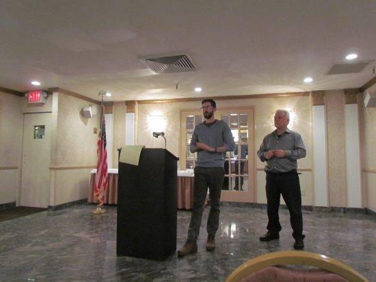 Long Island City, NY: Presentation on the Hell Gate Bridge