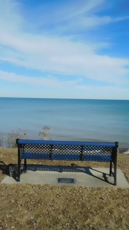 Two Rivers, WI: Park Bench with a view!