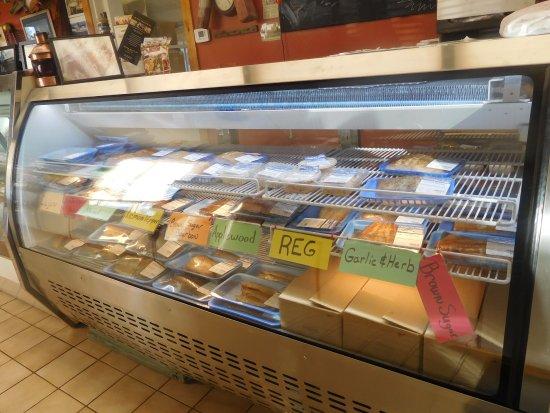 Kewaunee, WI: Fresh Smoked Salmon. Yummy.