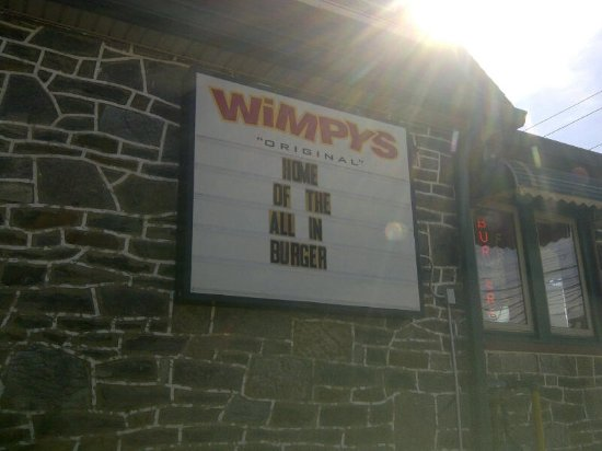 Media, Pensilvania: Sign on Side of Wimpys