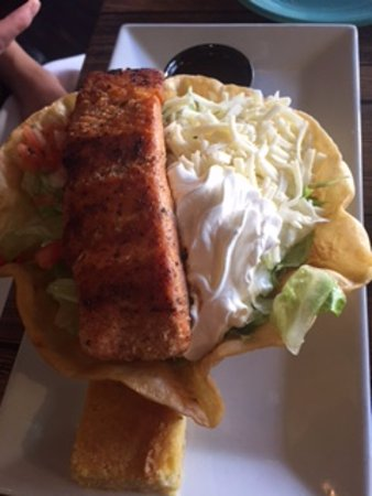 Ellicott City, MD: Fajita tortilla bowl with grilled salmon topping
