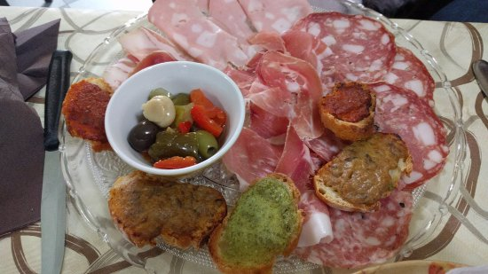 Terricciola, Италия: Antipasto toscano (8.50€)