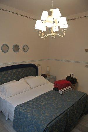Hotel Tosco Romagnolo: camera normale