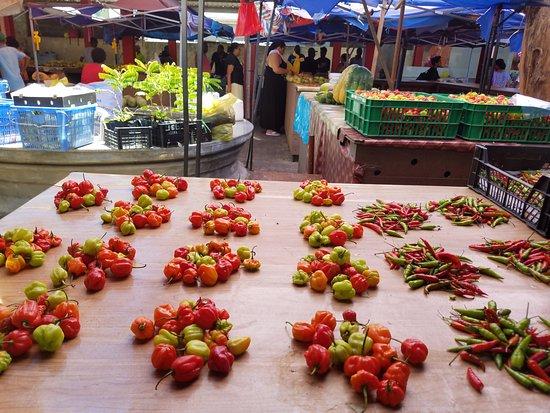 วิกตอเรีย, เซเชลส์: Peppers and more peppers.