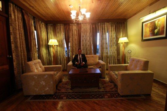 Interior - Picture of Hotel Mount Siniolchu, Gangtok - Tripadvisor