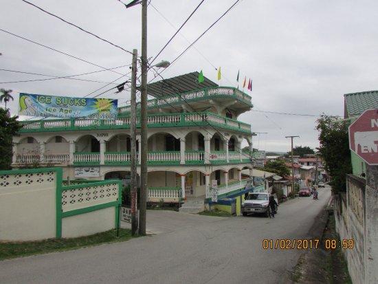 Rainforest Haven Inn: photo0.jpg