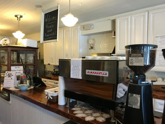West Milford, NJ: Counter