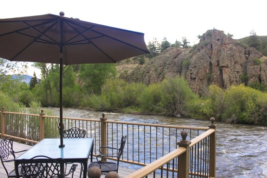 South Fork, CO: Deck overlooking the river at the cottage vacation rental