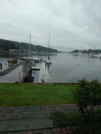 Gig Harbor, WA: The view from our Boathouse room.