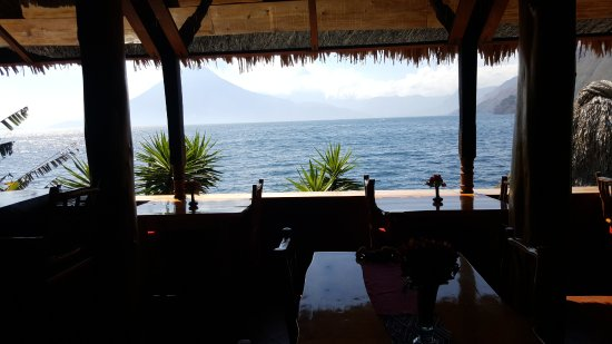 Laguna Lodge Eco-Resort & Nature Reserve: The view at the restaurant.