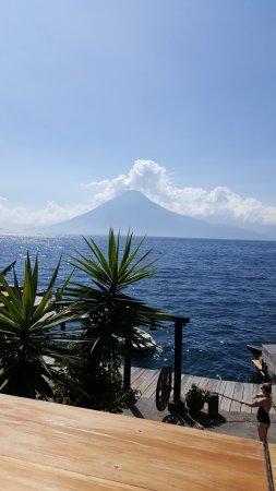 Laguna Lodge Eco-Resort & Nature Reserve: The view of the restaurant.