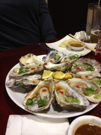 San Leandro, CA: Raw Oyster
