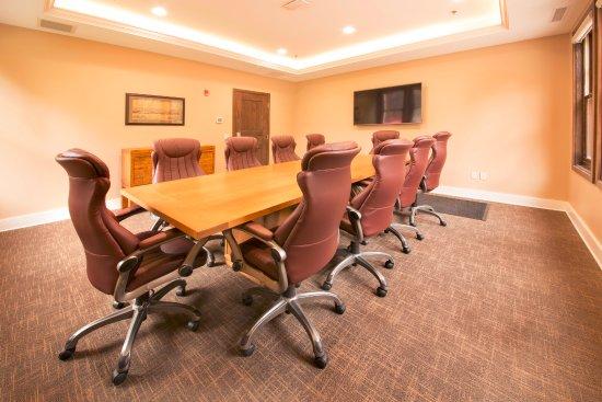 Faribault, MN: Boardroom