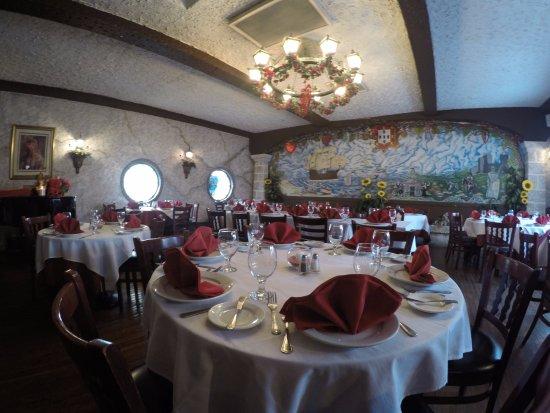 Mineola, NY: Main Dinning Room