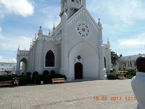 Catedral San Pedro Apostol: la catedrale