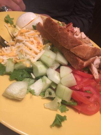Κλίντον, Μισισιπής: Cobb Salad with grilled chicken