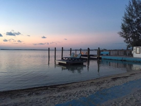 Seafarer Resort and Beach Photo