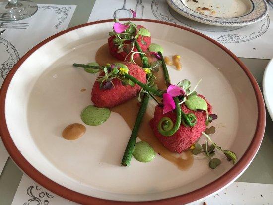 Tababela Food Guide: 10 Must-Eat Restaurants & Street Food Stalls in Tababela
