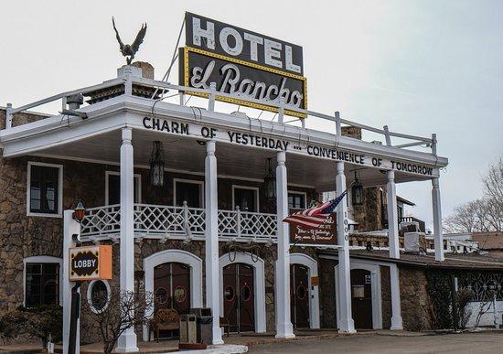 Gallup, NM: Hotel El Rancho.