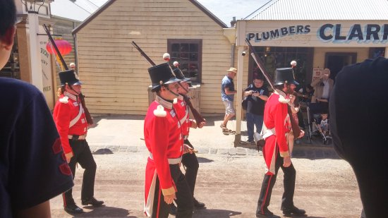 Sovereign Hill: Red coats