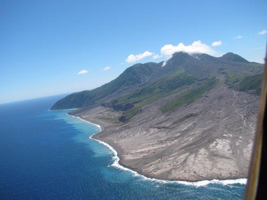 Caribbean Helicopters: Montserrat - Bramble Mud Flow