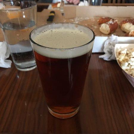 Warren, MI: 미시간 트로이를 방문 하는 고객이라면 꼭 추천하고 싶은 맥주집!!!