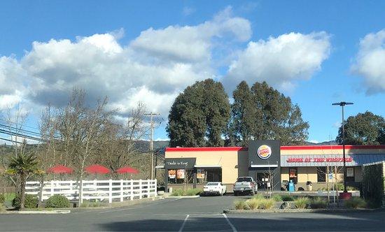 Ukiah, Καλιφόρνια: Burger King - 2017