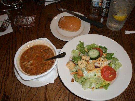 Grove City, OH: Chicken soup, salad, and bread
