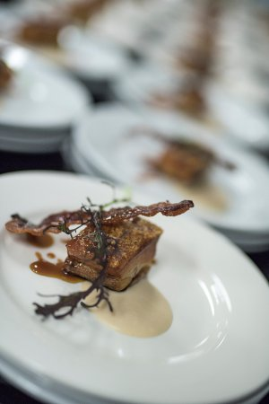 Medowie, Australië: Amazing Pork Belly on its way out to some lucky customers ...