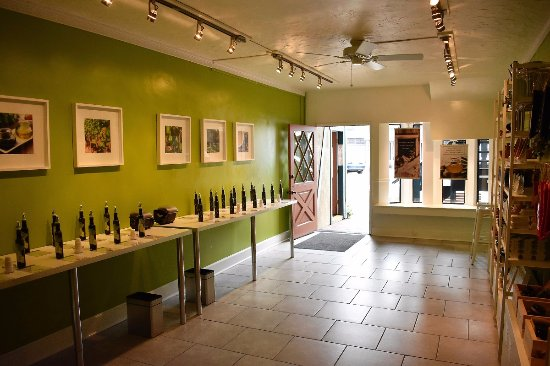 Montello Olive Oil & Balsamic Vinegar Tasting Room