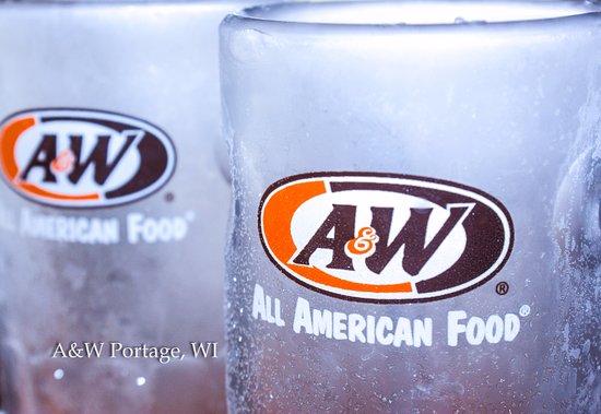 Portage, WI : Frosty Mugs!!!