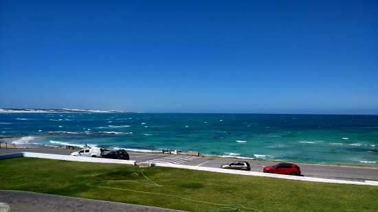 Arniston, แอฟริกาใต้: Aussicht vom Balkon bei Zimmer mit Meerblick